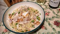 Late supper- Linguine with smoked haddock, dried scallops, peas and egg. Linguine, Grains, Pasta, Food, Meal, Essen, Korn, Ranch Pasta