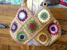 Sunburst Flower Granny Bag - tutorial
