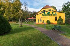 Park Laucha - Blick zur Parkgaststätte Park, Sidewalk, Beer Garden, Playground, Water Pond, Photo Illustration, Parks, Walkways, Pavement