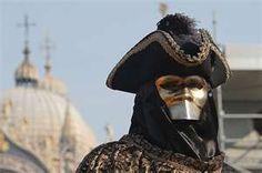 Bauta -  traditional Venetian mask
