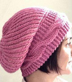 Cappello treccia rosa di TheCroKnitClub su Etsy https://www.etsy.com/it/listing/222602527/cappello-treccia-rosa