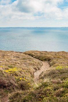Quand la terre, la mer et le ciel se rencontrent au Cap de la Chèvre sur la presqu'ile de Crozon dans le Finistère - Bretagne