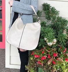 WEBSTA @ effiesinc - On the sixth day of Christmas Effie's have to me... a taupe colored tote!To Enter To Win:1. Like this photo! 2. Follow @effiesinc 3. Tag 3 friends! Winner will be drawn at 3pm today!!!