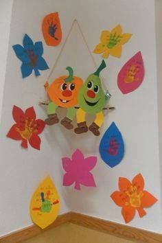 … Board Decoration, Class Decoration, School Decorations, Diy And Crafts, Arts And Crafts, Paper Crafts, Diy For Kids, Crafts For Kids, Autumn Crafts