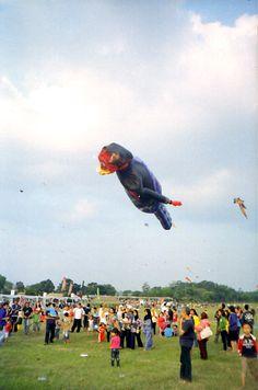 Bandung Int'l Kites Fest 2012 | Cannonmate Novacam I - Kodak ColorPlus 200