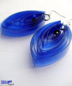 récup boucles d'oreilles bouteille plastique  Plastic bottle earrings (etsy)