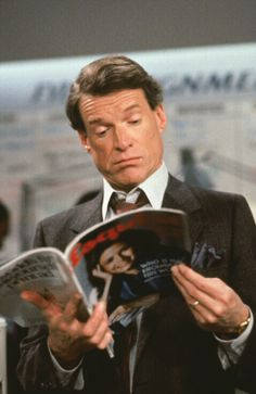 Remember this guy Charles Kimbrough who played Jim Dial, the crisp, conservative news anchor on TV's Murphy Brown?? It's his 78th birthday today - he was born 5-23 in 1936.
