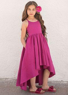 Ana Bow Slide in Carmine - Jeune Fille Stylish Kids Fashion, Black Kids Fashion, Kids Winter Fashion, Fashion Design For Kids, Baby Girl Fashion, Girls Maxi Dresses, Little Girl Dresses, Flower Girl Dresses, Kids Frocks
