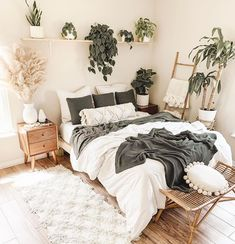 "SnugLife ® | Boho Decor | 🇺🇸 on Instagram: ""Liven up your bedroom with some plants! 💚 . . . . . 📸 by @rachelkathleen13  #bohobedroom #bohodecor #bohemiandecor #bohovibes…"" Room Design Bedroom, Room Ideas Bedroom, Small Room Bedroom, Home Decor Bedroom, Master Bedroom, Bedroom Wall, White Bedroom Decor, Bedroom Quotes, Bedroom Signs"