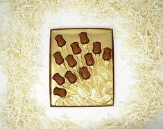 1 Dozen White Silver Pearl Oreos Chocolate Covered Oreo Party | Etsy White Chocolate Oreos, Chocolate Easter Bunny, Chocolate Roses, Chocolate Covered Oreos, Chocolate Truffles, Gold Tissue Paper, Decorative Bows, Delicious Chocolate, Ribbon Colors