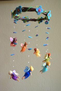 Rainbow fairies mobile - felted, waldorf inspired, wool, by Naturechild - Feen - Basteln mit Filz - Felt Crafts, Diy And Crafts, Arts And Crafts, Rainbow Fairies, Felt Angel, Felt Fairy, Felt Mobile, Nature Table, Waldorf Dolls