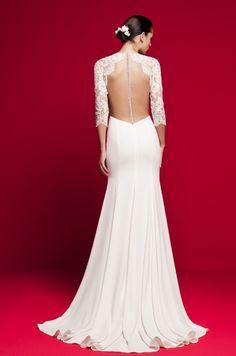 Featured Wedding Dress: Daalarna Couture; www.daalarna.hu; Wedding dress idea.