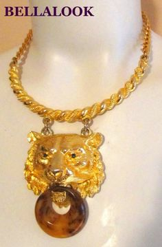 VINTAGE HUGE HAUTE COUTUTRE SIGNED PAULINE RADER GOLD LION DOOR KNOCKER NECKLACE