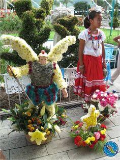 Traditions of Oaxaca / Tradiciones de Oaxaca