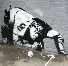 """- Unquestionably the most famous example of """"arresting graffiti"""" is the use of policemen by Banksy. I LOVE the Banksy Coke Cop. Banksy Graffiti, Stencil Graffiti, Street Art Banksy, Graffiti Artwork, Stencil Art, Bansky, Best Street Art, Amazing Street Art, Pop Art"""