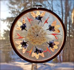 Mandala Sun Catchers - very pretty spring craft for kids from @Twig and Toadstool !!