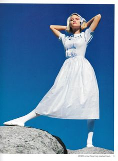 Laura Ashley Spring/Summer 1984 - look at that deep hem. These dresses were made so well. Laura Ashley 1980s, Laura Ashley Fashion, 80s Fashion, Vintage Fashion, British Country Style, Ashley Clothes, Fashion Through The Decades, Beautiful Outfits, Beautiful Clothes