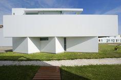 Casa Playa El Golf D17 / Riofrio+Rodrigo Arquitectos Arq. Roberto Riofrio Arq. Micaela Rodrigo Fotografia: Elsa Ramirez #arquitectura #rrmr #riofrio