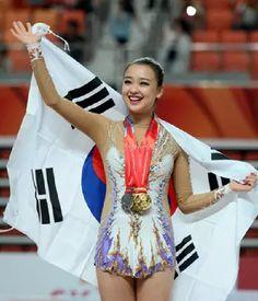 (Universiade) Son Yeon-jae wins 3 gold medals in rhythmic gymnastics
