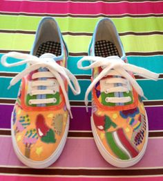 Mexican sharpie decorated shoes Camp Shoes, Decorated Shoes, Girls Camp, Shoe Art, Painted Shoes, Sharpie, San Antonio, Fun Stuff, Mexico