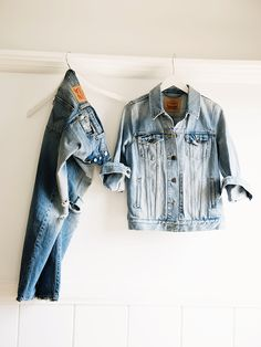 Throw a jean jacket over a classic tee and pair with distressed denim like the @levisbrand 501 CT jean for simple, year-long style. #LadiesInLevis
