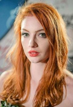 Hair natural ginger redhead girl for 2019 redhead girls Shades Of Red Hair, Bright Red Hair, Dark Red Hair, Red Hair Color, Red Hair Brown Eyes, Burgundy Hair, Hair Colors, Redhead Facts, Redhead Quotes
