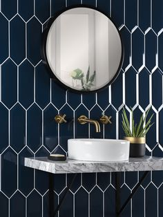 Interior designer and colour lover Sophie Robinson shows how to decorate with navy to create a calm and classic scheme White Wall Tiles, Wall And Floor Tiles, Wet Room Bathroom, Bathroom Interior, Bathroom Inspiration, Interior Inspiration, Bathroom Ideas, Wall Tile Adhesive, Tutorials