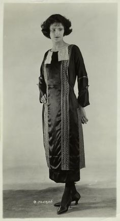 Womens fashion, 1921