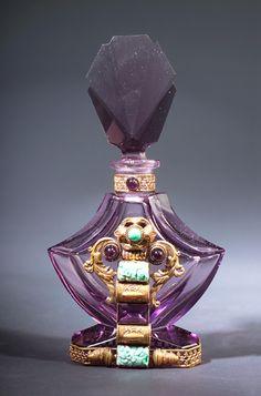 Resultado de imagen para botellas de perfume con piedras