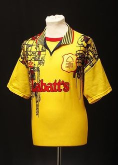 b6c2abae0 Nottingham Forest (Away Shirt) Old Football Shirts
