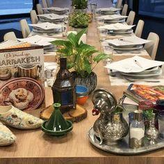 Zalmrolletje met komkommer en Cavi-Art - Dishcover Salade Caprese, Food Decoration, Cake, Desserts, Asparagus, Tailgate Desserts, Deserts, Kuchen, Postres