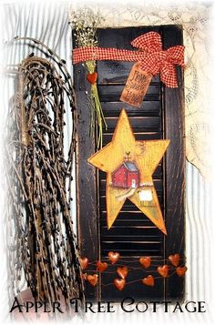 hand painted star/prim shutter - what a vibrant display! Primitive Shutters, Rustic Primitive Decor, Prim Decor, Rustic Crafts, Country Crafts, Primitive Crafts, Wood Crafts, Painting Shutters, Diy Shutters