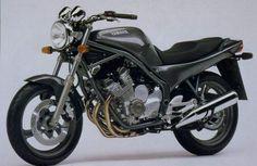 Yamaha XJ600 naked