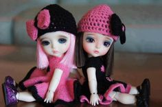 Beautiful pink and black dolls Cute Baby Couple, Cute Baby Girl Images, Beautiful Barbie Dolls, Pretty Dolls, Cute Baby Dolls, Cute Babies, Barbie Images, Cute Baby Wallpaper, Cute Love Pictures