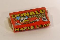 Donald Duck chewing gum, also with a blue, green or yellow wrapper. And a small strip story inside. For sale for 5 cents. Magic Memories, Childhood Memories 90s, Sweet Memories, Good Old Times, The Good Old Days, Childhood's End, Donald And Daisy Duck, Retro Candy, Chewing Gum