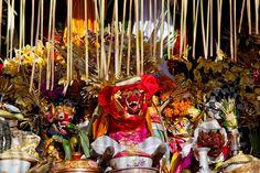 Offerings and religious paraphenelia in a temple during Galungan proceedings. . . . . . #bali #traveling #travelphotography #instatravel #travelblog #travelblogger #travelphotography #wanderlust #welltraveled #traveller #nomad #destinationed #travell.ers #balidominik #natgeo #natgeoadventure #wanderlustofasia #instatravel #instagood #asianculture #wewanderasia #explorebali #balidaily #fascinatingbali #melasti #galungan #dailybestpic