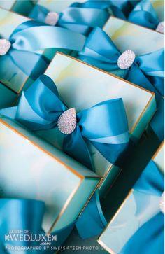 gold rimmed aqua favor boxes