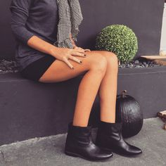 IT Shoes InstaShop, our instagram shop by IT Shoes. Sis Loves, Shoe Story, Boho Look, Instagram Shop, Black Boots, Leather Skirt, Street Style, Style Inspiration, Womens Fashion