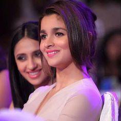 More precious than diamonds. Bollywood Heroine, Bollywood Actress, Alia Bhatt Varun Dhawan, Aalia Bhatt, Alia Bhatt Cute, Alia And Varun, Thing 1, Indian Celebrities, Woman Crush