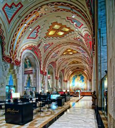 thingsideemcool:    Guardian Building, Detroit.  Detroit has one of the best collections of art deco architecture in the world, and the Guardian Building might be its best example.      (via imgTumble)
