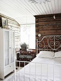 Vintage Bedroom: The rustic walls, vintage iron bed frame, and collection of suitcases add a huge amount of character and charm. Country Interior Design, Home Interior, Interior And Exterior, Shabby Bedroom, Dream Bedroom, Bedroom Decor, Blue Gray Bedroom, Farmhouse Chic, My New Room