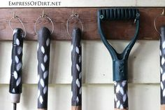 Easy And Cheap Unique Ideas: Garden Tool Storage Inspiration garden tool organization tips.Garden Tool Holder Wall Mount garden tool shed.Garden Tool Shed. Best Garden Tools, Garden Tool Shed, Garden Tool Organization, Garden Tool Storage, Garage Organization, Organizing, Gardening Courses, Gardening Tips, Gardening Supplies