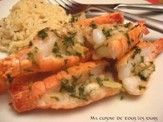 Langoustines with garlic butter - Calamari Seafood Recipes, New Recipes, Favorite Recipes, Squid Dishes, Look And Cook, Food Wishes, Pescatarian Recipes, Food Stamps, My Best Recipe