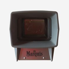 Lovely dusty pink colour, in great condition. This slide viewer is a stunning little example of mid century design.It runs off 1 x D battery, and gives you a gorgeous lit up display of your slides, without the clunky slide projector and screen.