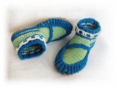 Custom order - Winter slippers, Crochet slippers, Man Slippers, gift for her, Valentines gift for boyfriend, Teen Slippers, Wool slippers by BoryanacrochetBG on Etsy