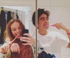 eva, jonas, and skam image u can do many things, like brush your teeth on your own. Series Movies, Movies And Tv Shows, Skam Cast, Skam Tumblr, Skam Aesthetic, Isak & Even, Libido, Best Series, Hopeless Romantic