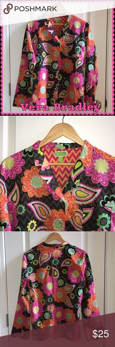 Vera Bradley Floral Blouse Vera Bradley Floral Long Sleeve Button Down Blouse. 100% Cotton Gently Used / Excellent Condition Like New. 🚫 No Pay Pal 🚫 No Trades 🚫 Vera Bradley Tops Button Down Shirts