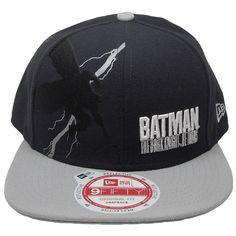 f72d4f3c1eb40 Amazon.com  Batman New Era 9Fifty Knight Flash Snapback  Sports   Outdoors