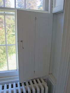 Cape cod/Colonial Country built-in shutters fit into window casing.very interestig Window Shutters Inside, Diy Interior Window Shutters, Indoor Shutters, Interior Windows, Windows And Doors, Contemporary Interior Design, Home Interior Design, Design Homes, Shutter Decor