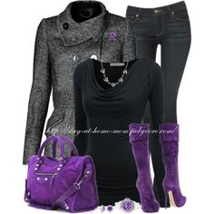 Purple boots & purple purse but i could do without the jaket Purple Outfits, Chic Outfits, Fashion Outfits, Womens Fashion, Purple Boots, Purple Purse, Black Boots, Winter Typ, Mode Chic
